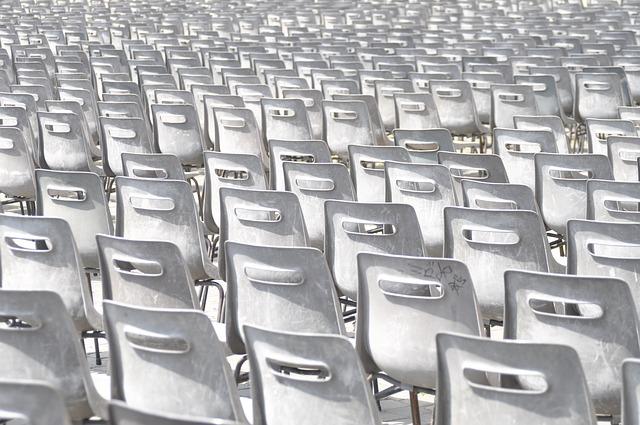 Krzesło konferencyjne – na co zwrócić uwagę