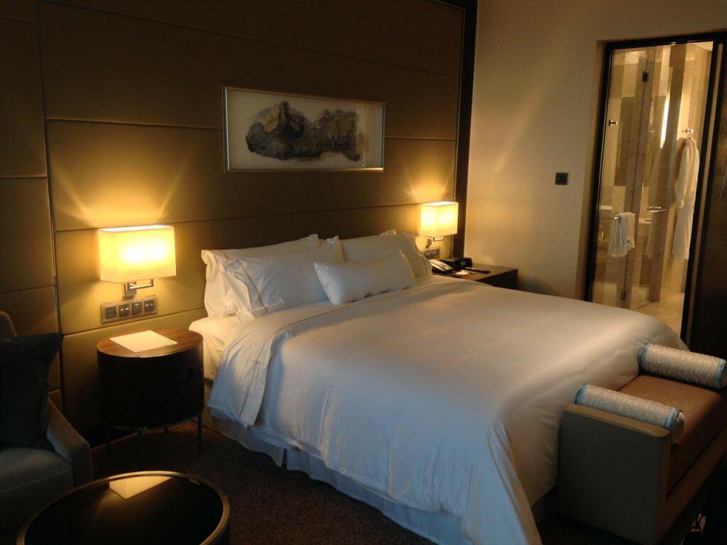 Wyposażenie pokoju hotelowego