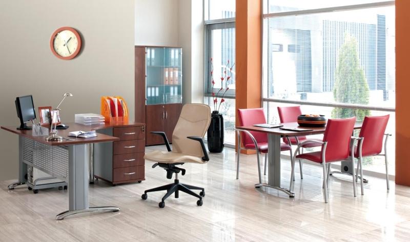 Fotel gabinetowy – romans ergonomiczności i estetyki