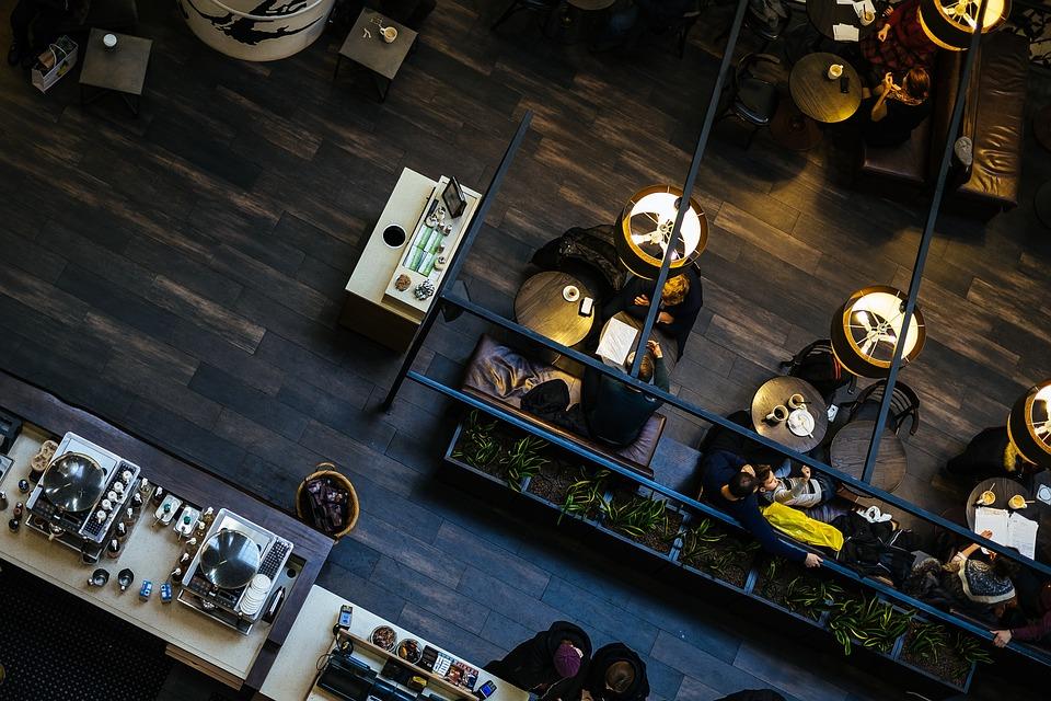 Meble do kawiarni – jakie wybrać?