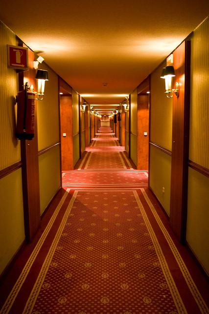 Hotel, który mrozi krew w żyłach. Kilka słów o hotelu Panorama z Lśnienia