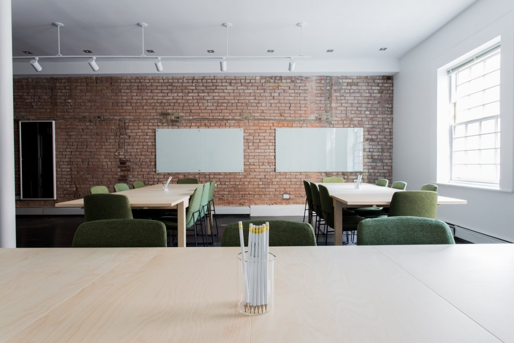 Stwórz salę bankietową w stylu mid-century