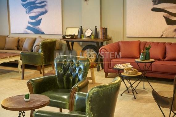 wnętrze z luksusowymi meblami